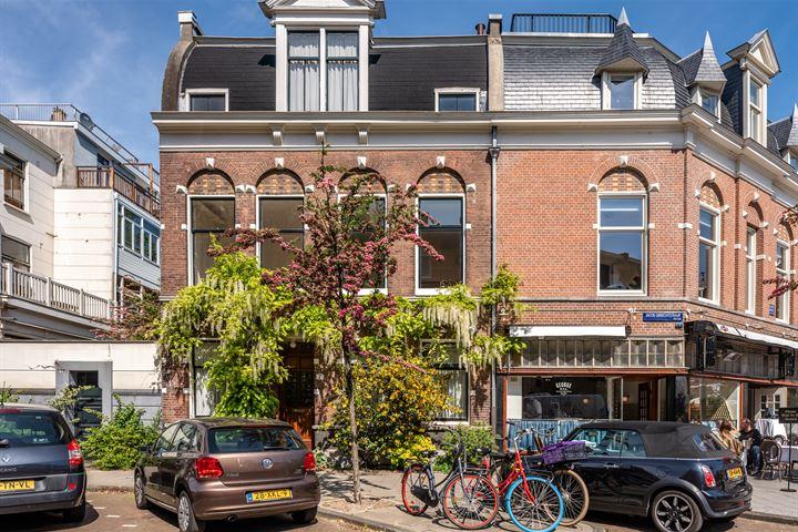 Jacob Obrechtstraat 7