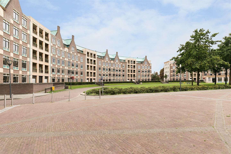 Bekijk foto 2 van Frans Joseph van Thielpark 130