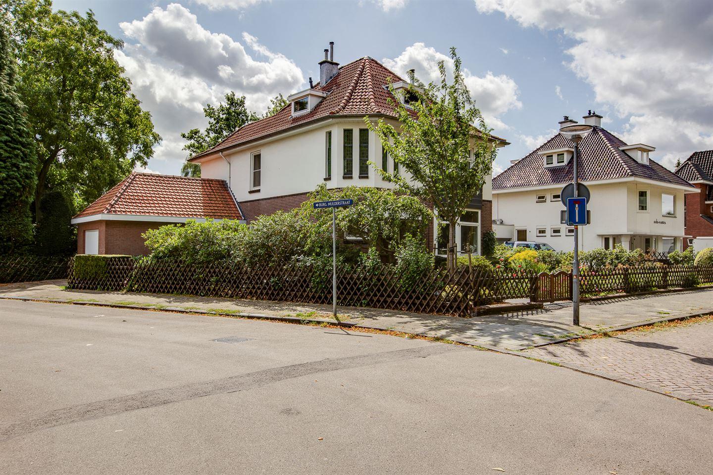 Bekijk foto 5 van Burgemeester van Liebergenstraat 8