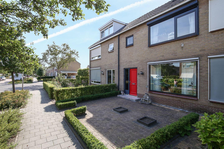 Bekijk foto 2 van Karel Doormanstraat 28