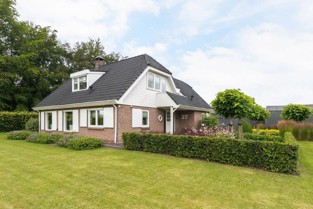 Bekijk foto 2 van Lindeweg 37 1