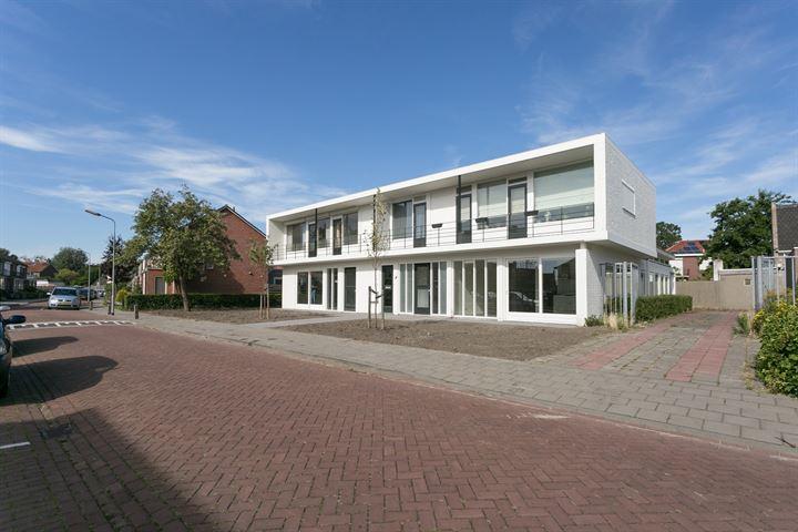 Cornelis van Perestraat 8