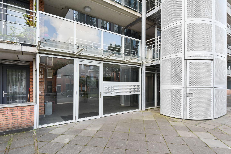 Bekijk foto 2 van Cornelis de Wittlaan 600