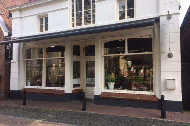 Marktstraat 2, Delden