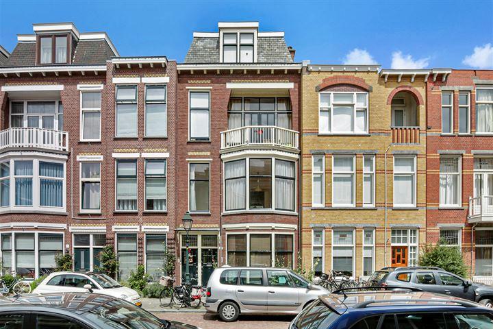 Van Weede van Dijkveldstraat 49