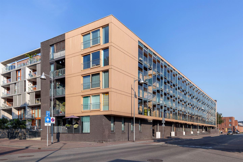 View photo 1 of Molendwarsstraat 60