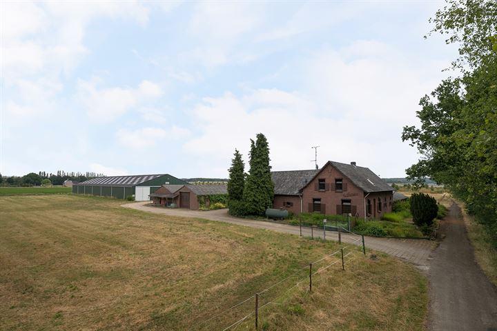 Mommersweg 1, Belfeld