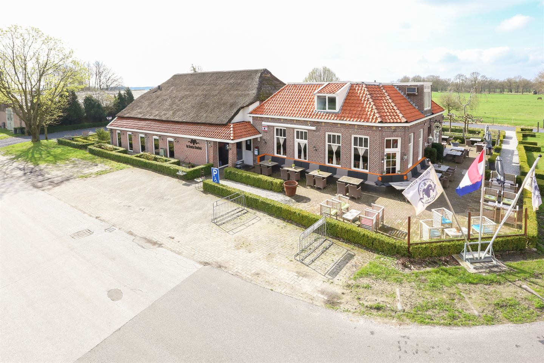 Bekijk foto 1 van Tilbrugstraat 5