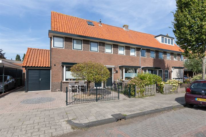 Oranjeweg 16