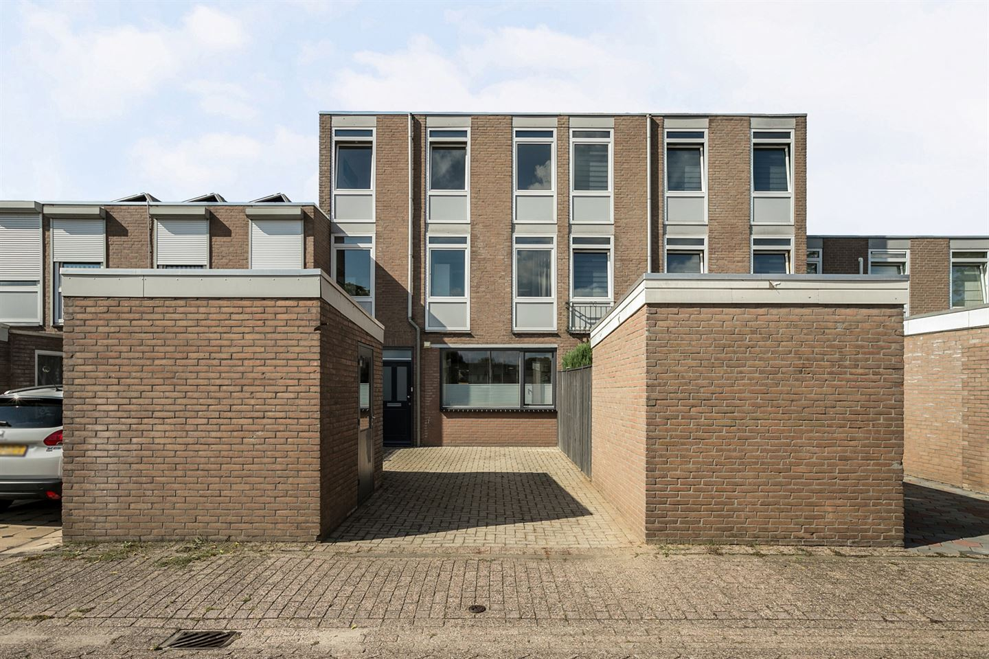 View photo 1 of Forelstraat 9