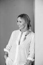 Melanie Beuker - Directeur