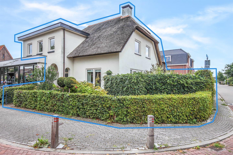 Bekijk foto 1 van Hoofdstraat 136