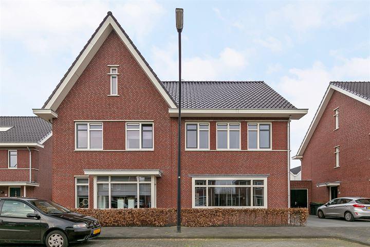 Vriezenveenstraat 139
