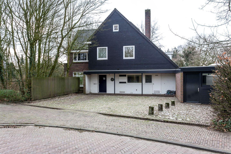 Bekijk foto 2 van Prins Bernhardweg 18