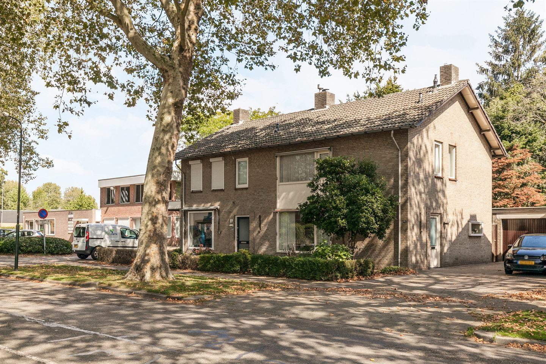 Bekijk foto 5 van Burg. Verwielstraat 91