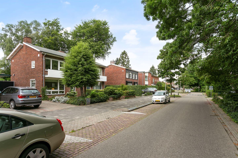 Bekijk foto 3 van Helmersstraat 9