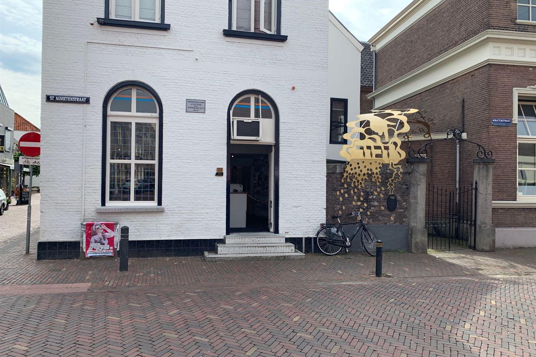 Bekijk foto 4 van St. Agnietenstraat 32