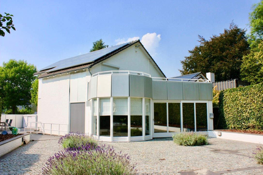 View photo 3 of Leyenbroekerweg 86