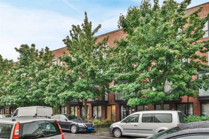 Claus van Amsbergstraat 26