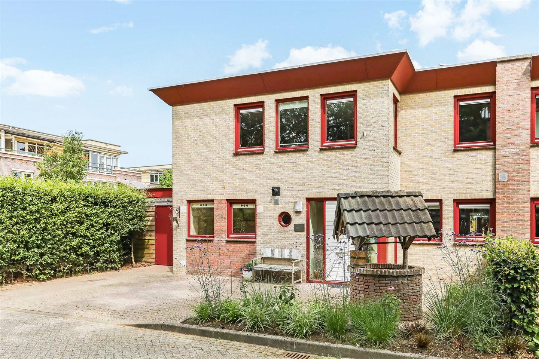 Bekijk foto 1 van Jacob van Ruisdaelstraat 11 e
