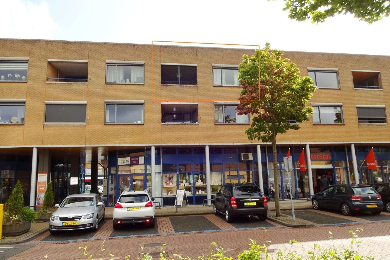 Bekijk foto 1 van Vijverhof 61