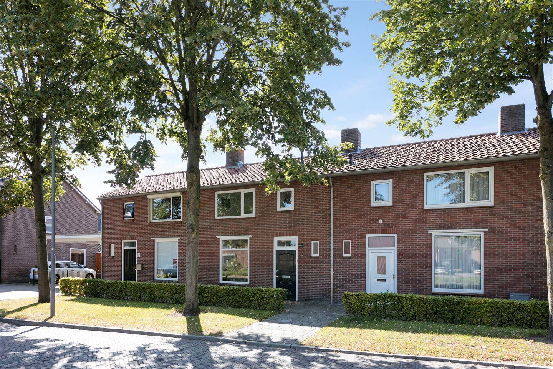 Bekijk foto 2 van Lucia Eijckenstraat 15