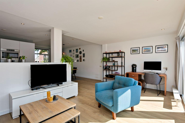 Bekijk foto 6 van Lucia Eijckenstraat 15