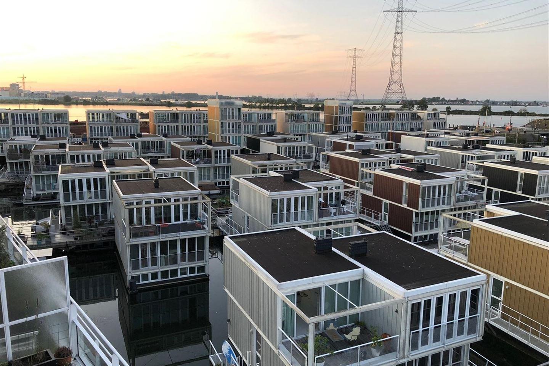View photo 3 of IJburglaan 365