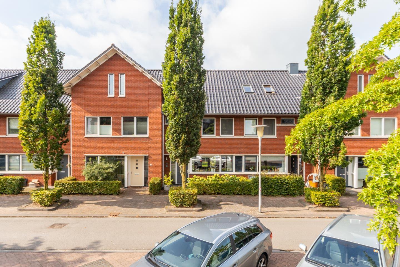 View photo 2 of Akkerbergstraat 45
