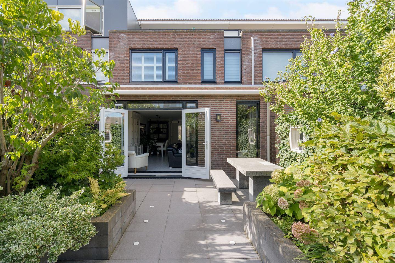Bekijk foto 4 van Vijverhof 19