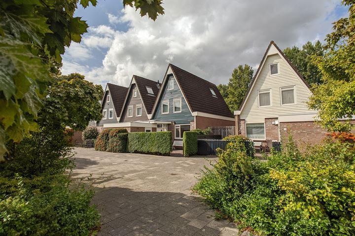 Huygensstraat 17
