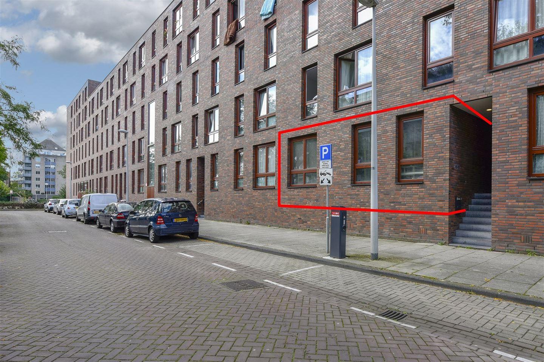 Bekijk foto 1 van Dirk Vreekenstraat 85