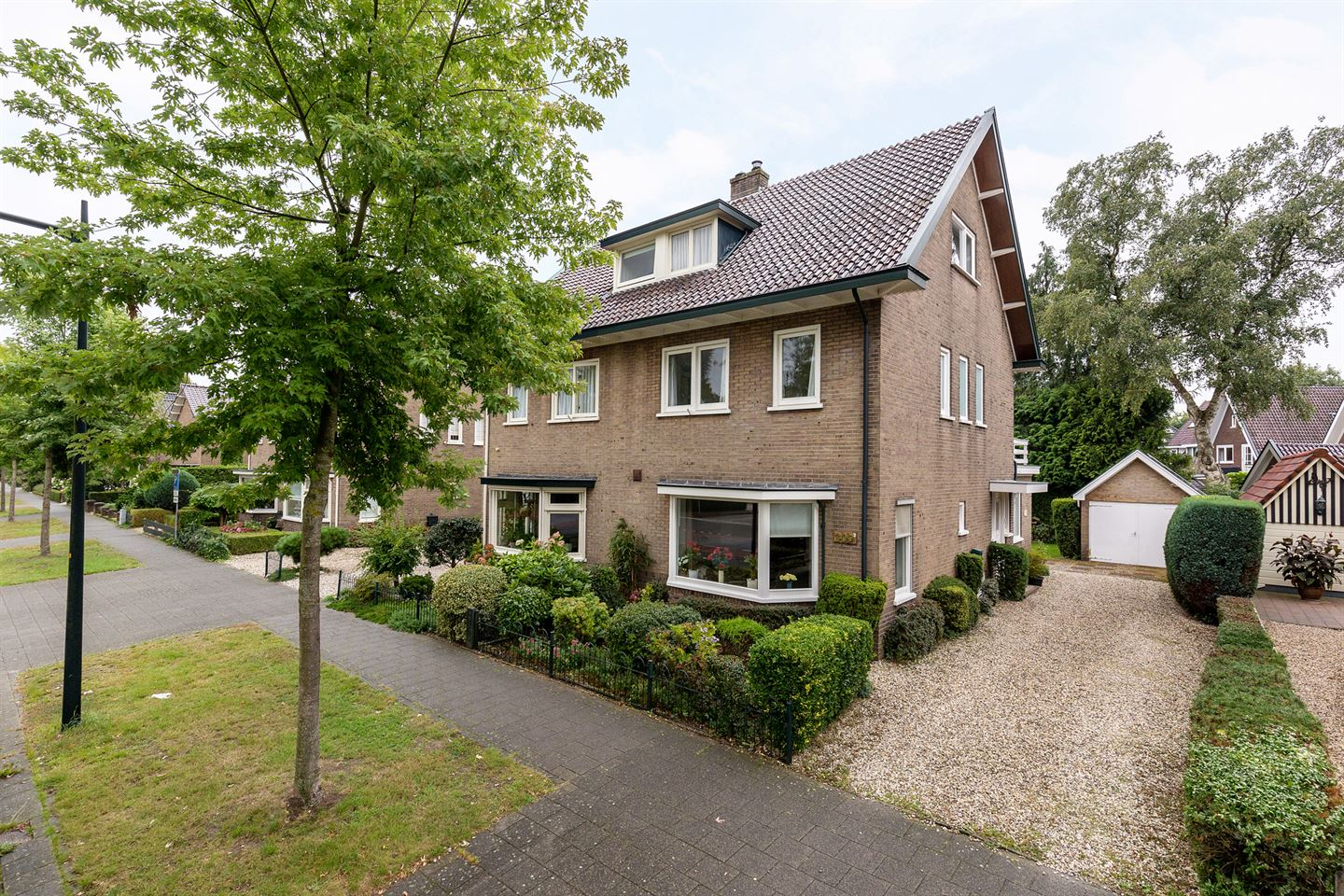 View photo 1 of Asselsestraat 309 2