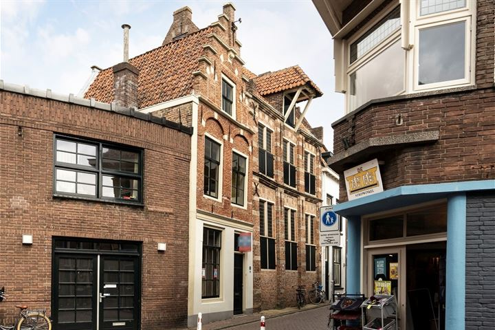 Burgwalstraat 8
