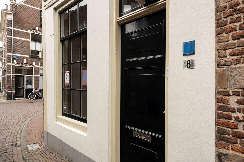 View photo 2 of Burgwalstraat 8