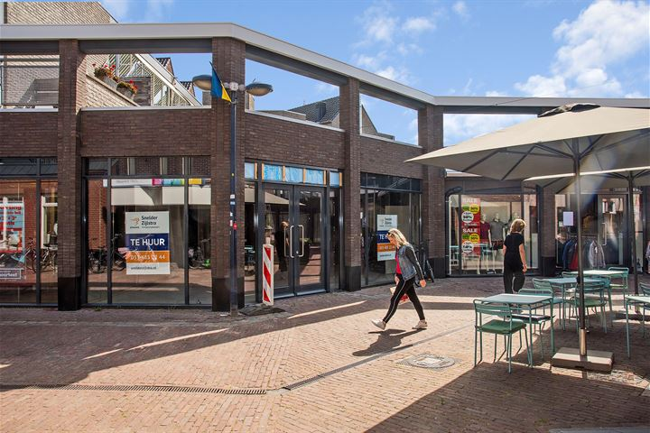 Nieuwe Markt 12, Borne