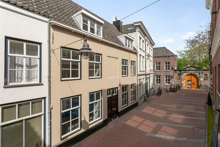 Gasthuisstraat 10