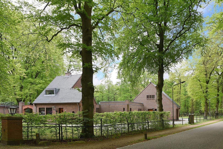 View photo 2 of Soestdijkerstraatweg 112