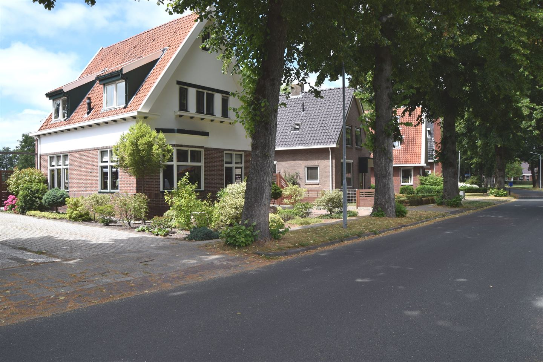 View photo 1 of Burg van Sevenhovenstraat 74