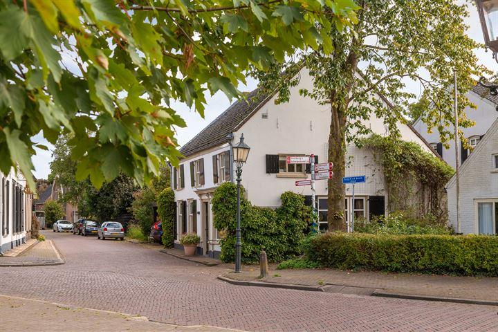 Burgemeester van den Boschstraat 66