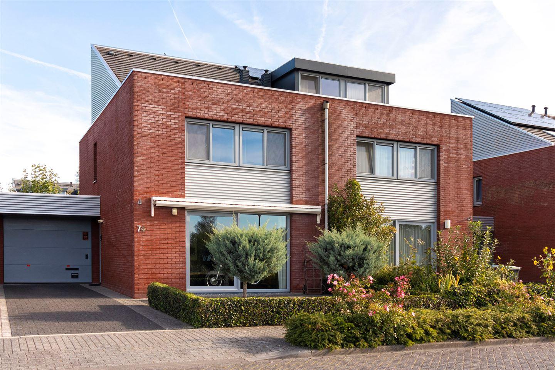 Bekijk foto 2 van Houttuinen-Oost 74