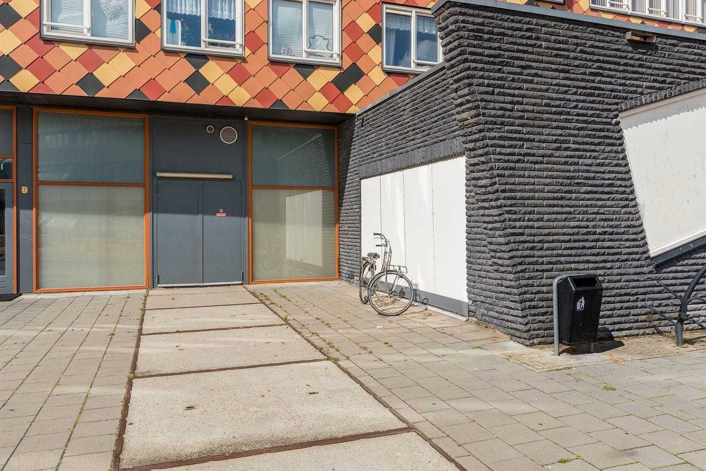 Bekijk foto 3 van Pablo Picassoplein 73
