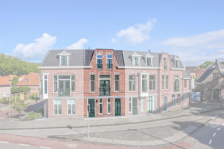 Bekijk foto 2 van Oranjestraat 11