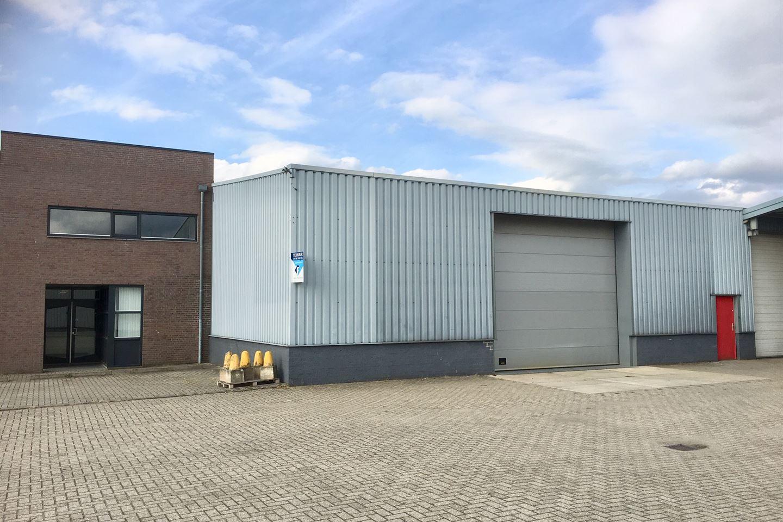 Bekijk foto 1 van Beneluxstraat 2