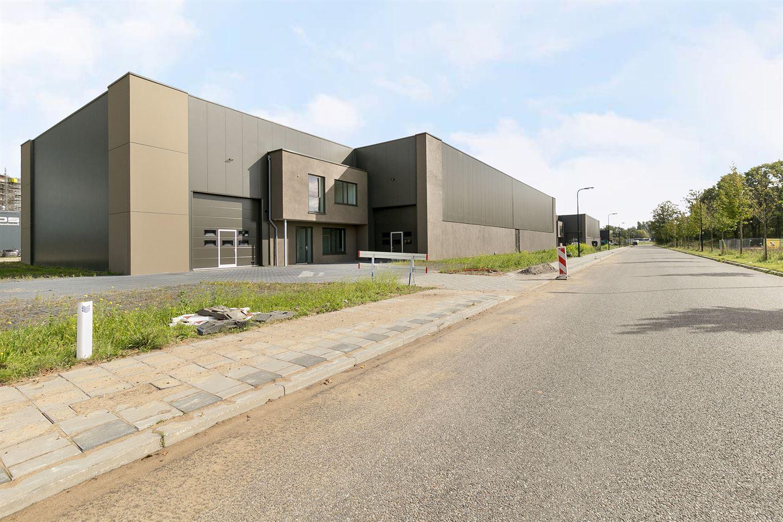 Bekijk foto 2 van Van der Landeweg 1 -3