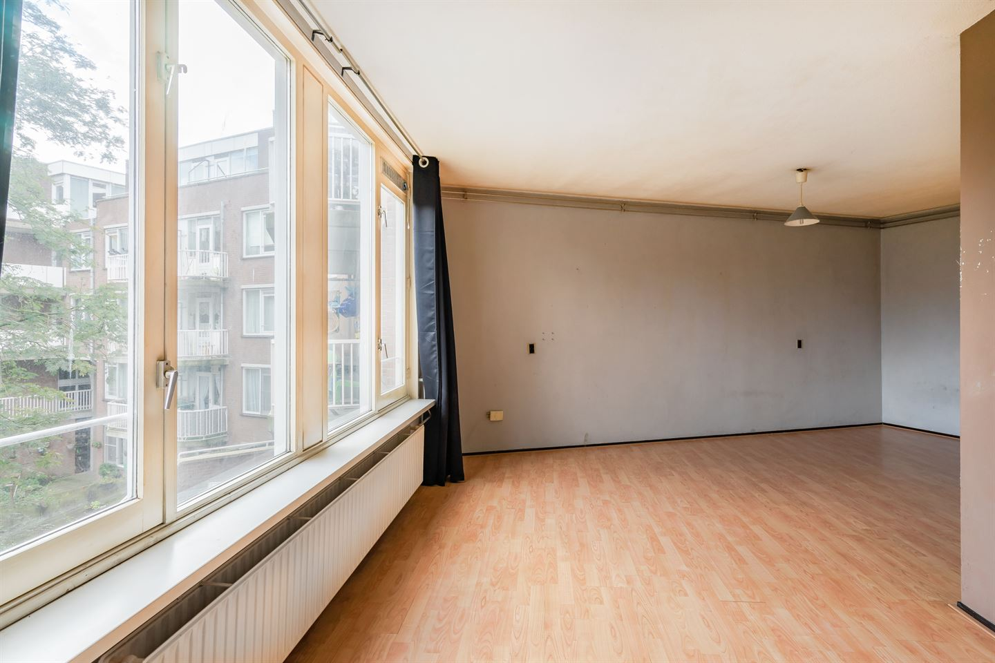 View photo 4 of Spitsbergenstraat 55