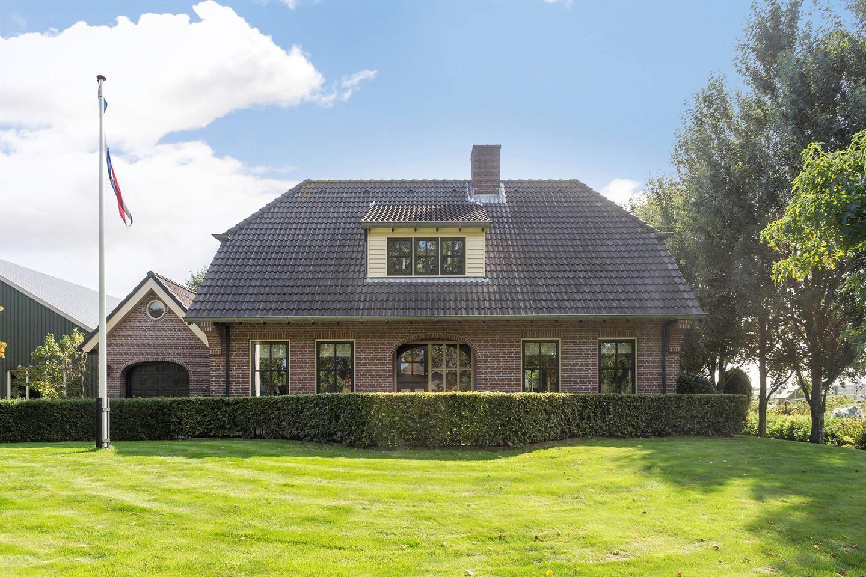 Bekijk foto 2 van Lisserbroekerweg 10