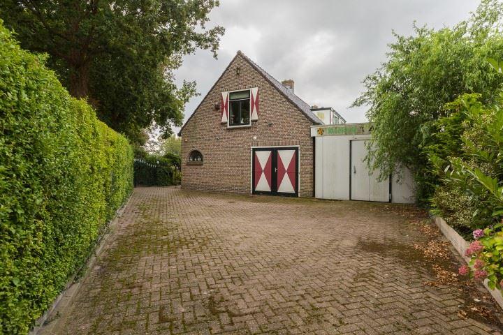 Bekijk foto 3 van Haarlemmerstraatweg 1