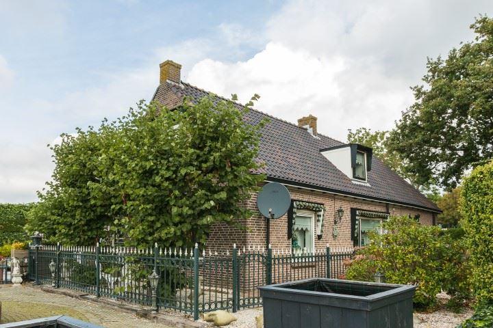 Bekijk foto 1 van Haarlemmerstraatweg 1