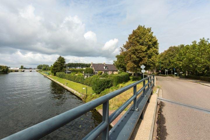 Bekijk foto 2 van Haarlemmerstraatweg 1